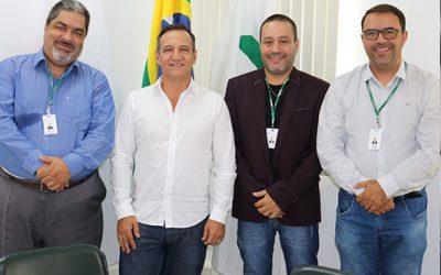 Conselho Diretor da FUVS recebe visita do empresário Silvio Reis